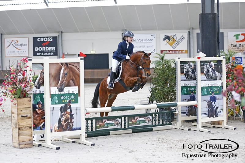 Sanne Suythof en Jumper. Foto FotoTrailer